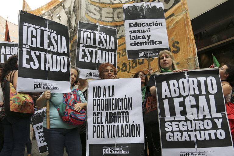Tucumán da marcha atrás con la prohibición del aborto no punible